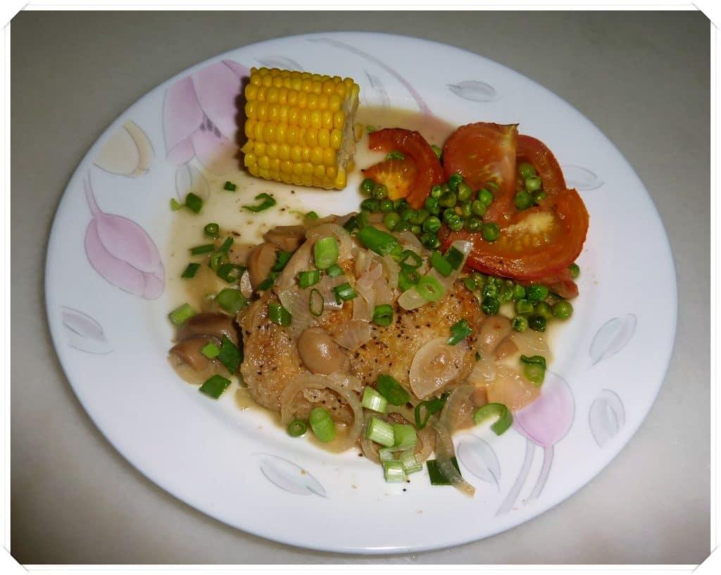 July 4- Braised Crusty Chicken Thigh with Mushroom Sauce3