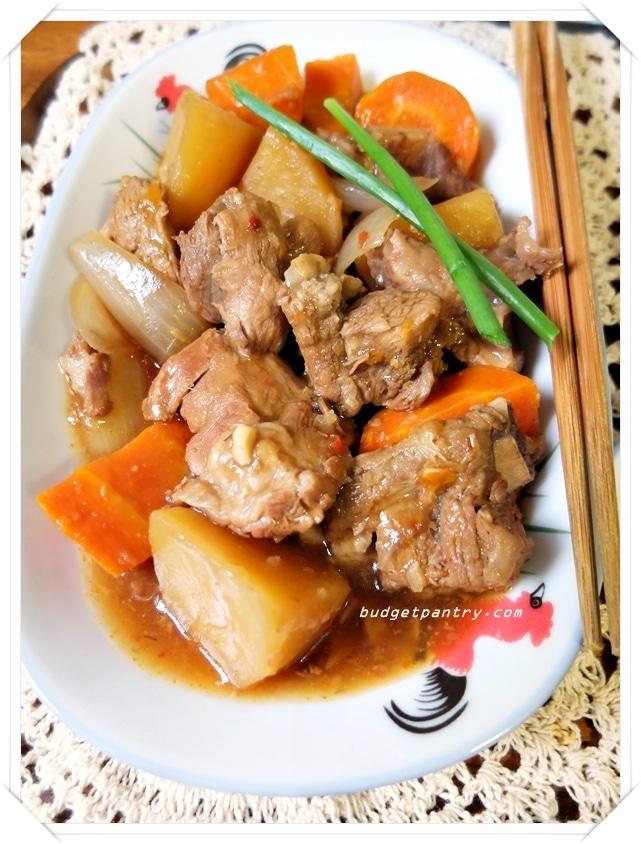 Apr 29 - Slow Cooker Braised Pork Ribss