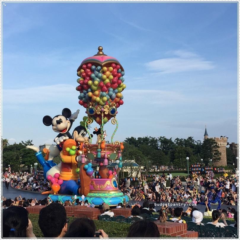 Tokyo Disneyland goofy