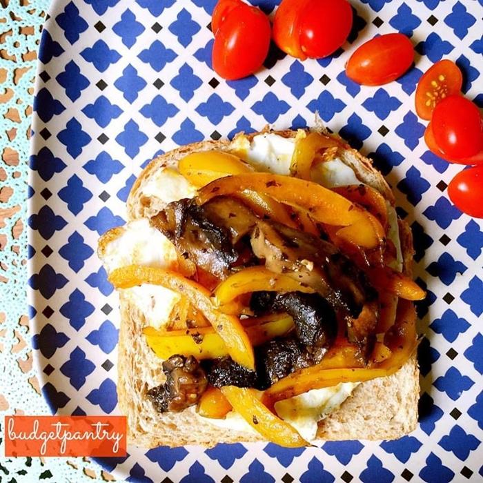 Portobello egg sandwich