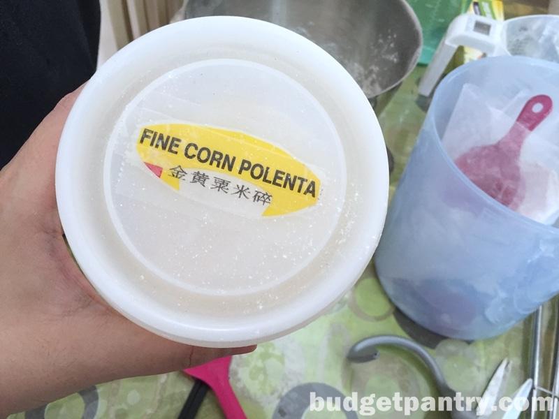 easy-cornmeal-bread-roll6